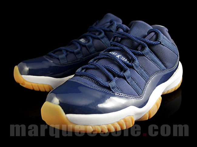 Jordan 11 Low Navy Gum