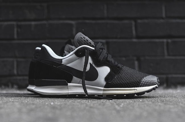 Nike Air Berwuda Black White
