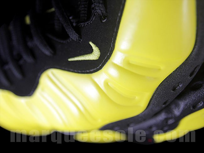 Nike Air Foamposite One Yellow Black