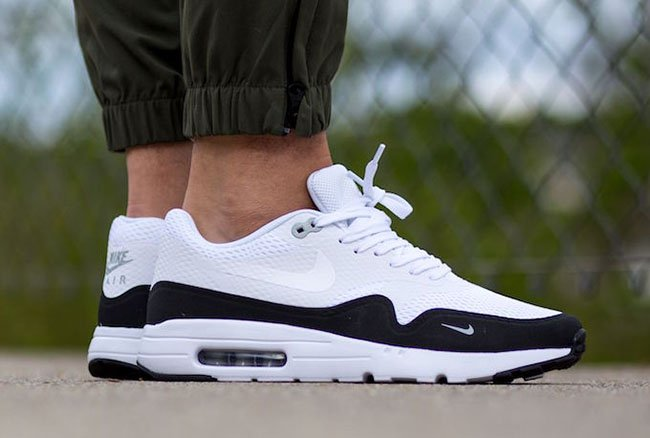buy popular 22959 659c4 Nike Air Max 1 Ultra Essential White Black