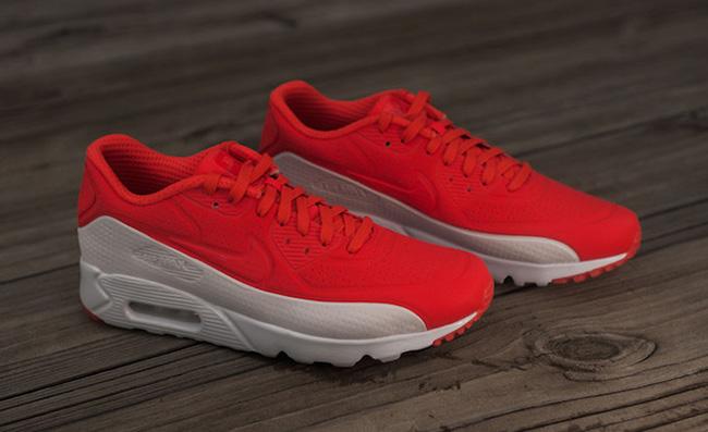 Nike Air Max 90 Ultra Moire Light Crimson