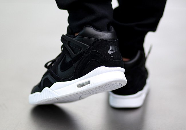 Nike Air Tech Challenge II Laser Black White