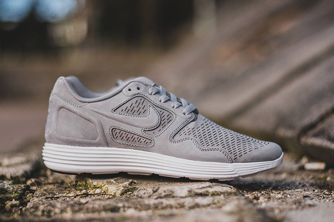 huge discount 75146 5011a Nike Lunar Flow Premium Medium Grey