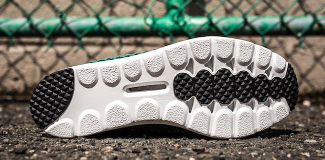 Nike Mayfly Woven Jade Glaze