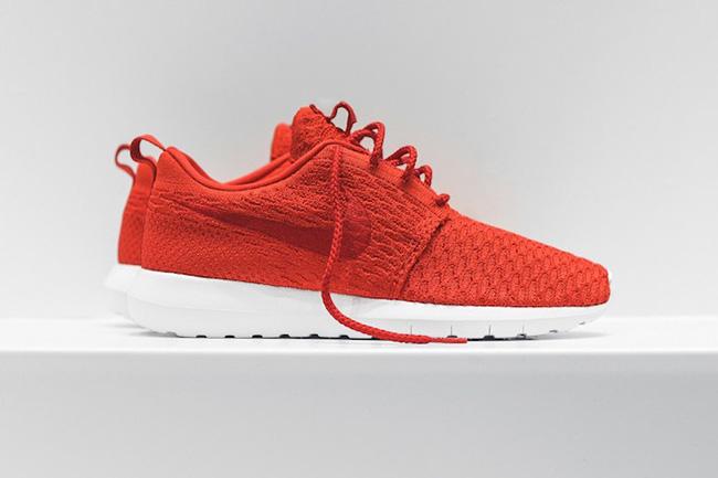 Nike Roshe NM Flyknit Pack University Red
