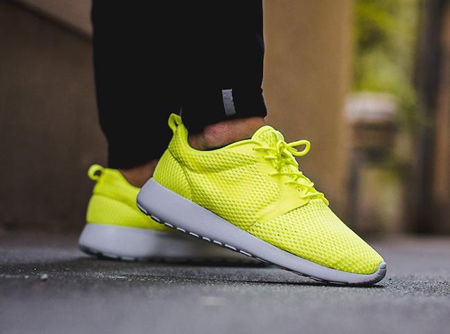 Nike Roshe One Hyperfuse Breeze Volt