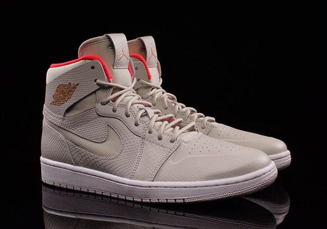 Pure Platinum Air Jordan 1 High Nouveau