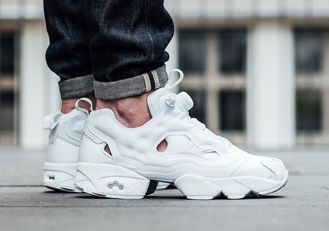 reebok insta pump fury og triple white sneakerfiles. Black Bedroom Furniture Sets. Home Design Ideas
