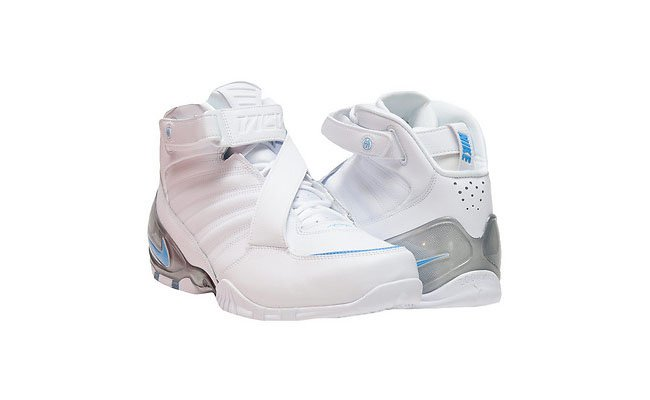 University Blue Nike Vick 3