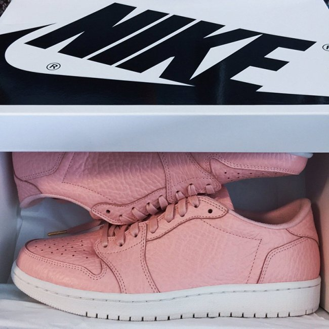 Air Jordan 1 Low Arctic Orange No Swoosh
