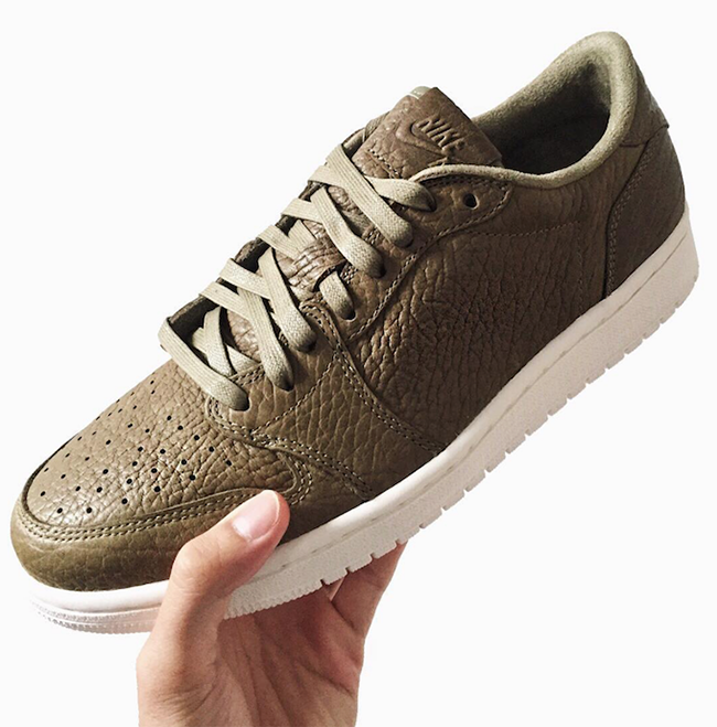 Air Jordan 1 Low No Swoosh Olive