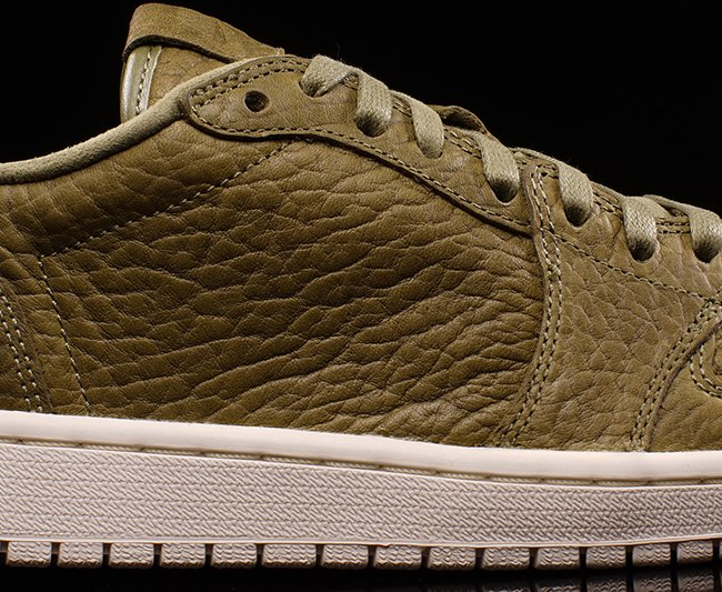 Air Jordan 1 Retro Low Trooper Olive Sail