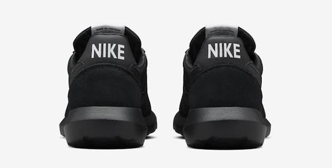 DSM NikeLab Roshe Daybreak Triple Black