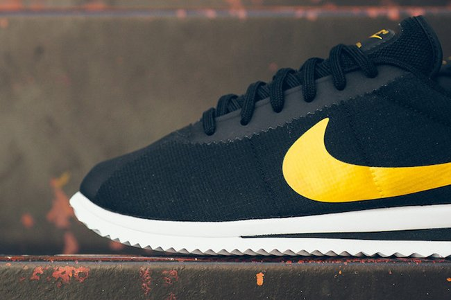 Nike Cortez Ultra Black Gold