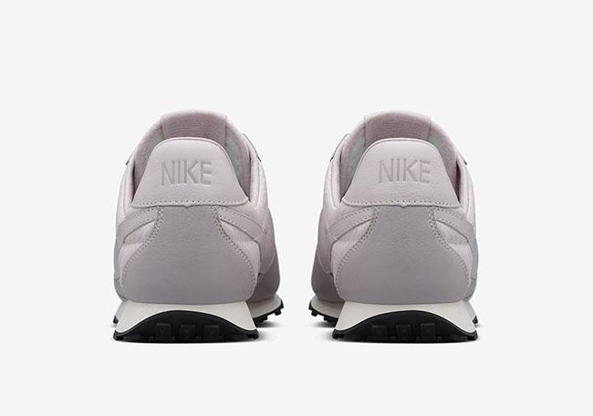Nike WMNS Pre Montreal Racer Pinnacle Violet Ash