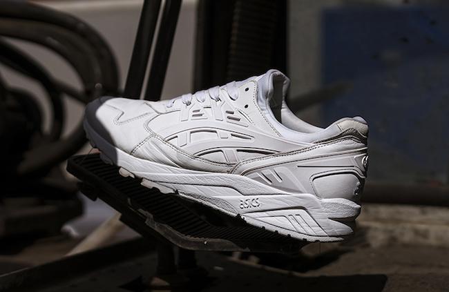 size Asics Gel Kayano Italian Leather Triple White