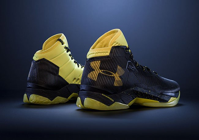 Under Armour Curry 2.5 Black Tax