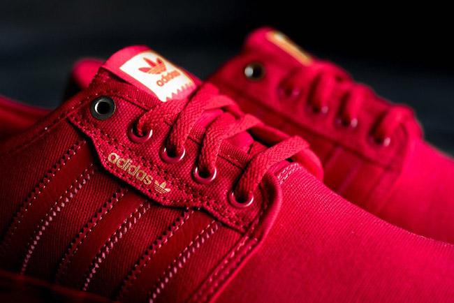 adidas Seeley Scarlet Red