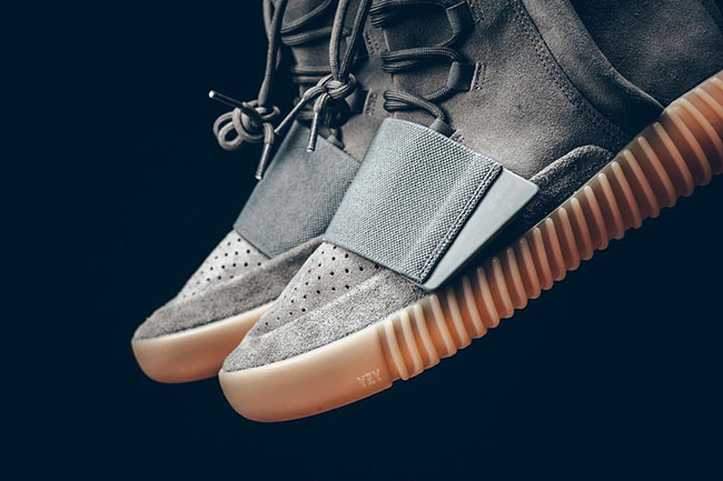 adidas Yeezy 750 Glow Dark Light Grey