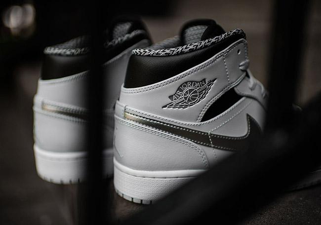 Air Jordan 1 Mid Wolf Grey