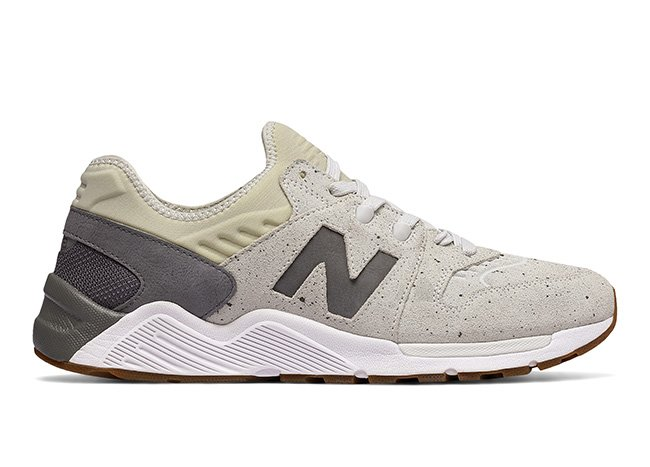 New Balance 009 beige