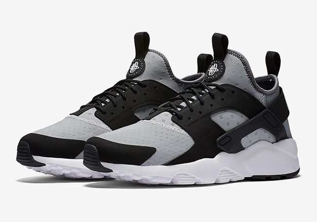 huge discount 0b793 6e354 Nike Air Huarache Ultra Wolf Grey Black | SneakerFiles
