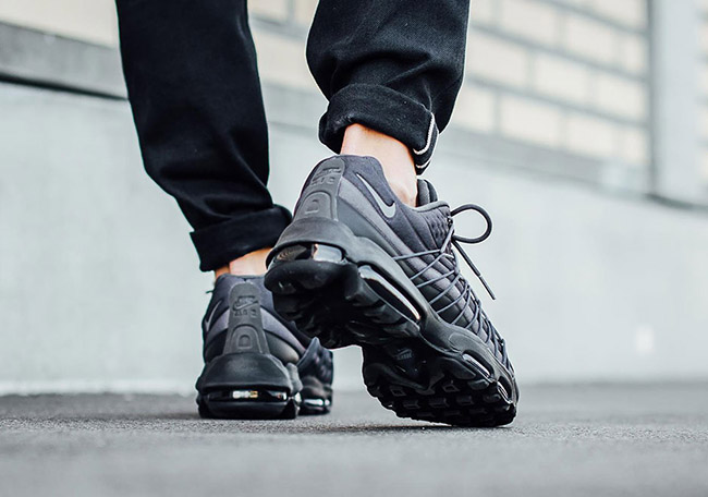 Nike Air Max 95 Ultra SE On Feet