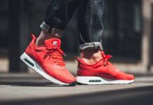 Nike Air Max Tavas Action Red
