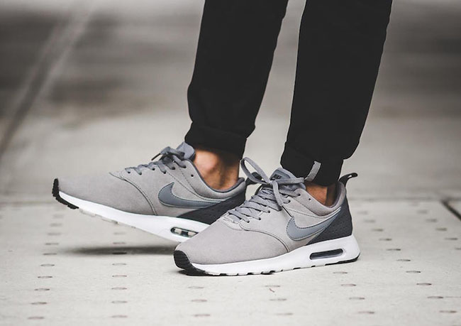 Nike Air Max Tavas Leather Cool Grey Grey Grey SneakerFiles c5cc4d