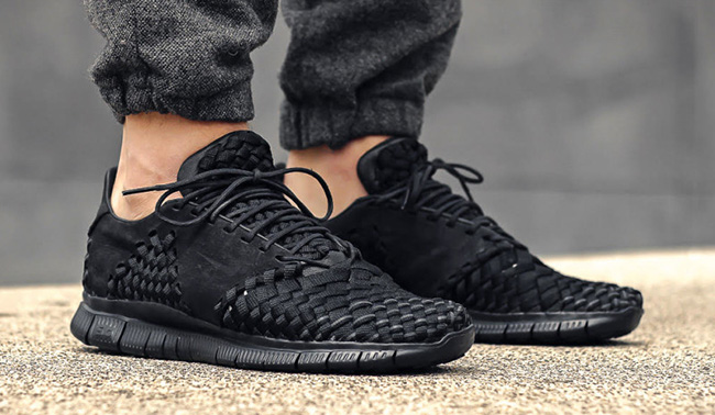 buy popular bf9f8 b57a1 Nike Free Inneva Woven 2 Triple Black On Feet