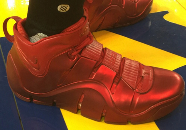 Nike LeBron 4 Red NBA Finals PE