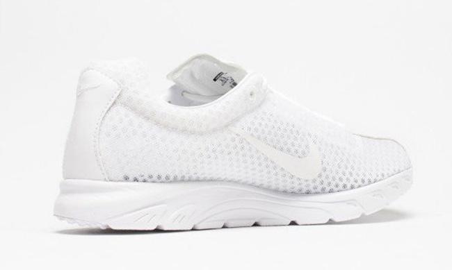 Nike Mayfly PRM Triple White