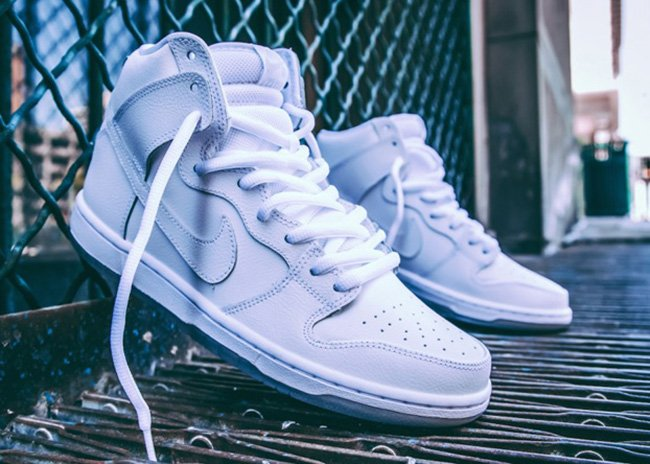 Nike SB Dunk High White Light Base Grey