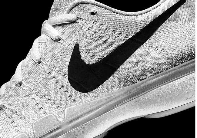 Nike Zoom Vapor Tour 9.5 Flyknit