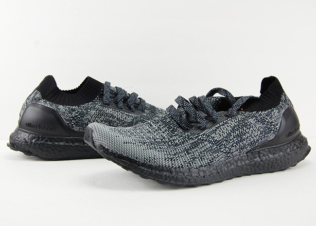 adidas Ultra Boost Uncaged Color Boost Midsole Pack Black