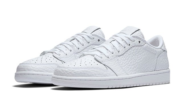 Air Jordan 1 Low No Swoosh Triple White