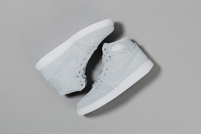 100% authentic 20f57 eea62 well-wreapped Air Jordan 1 Retro High KO Pure Platinum Releases This Weekend