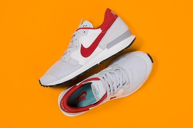 Nike Air Berwuda Pure Platinum Action Red