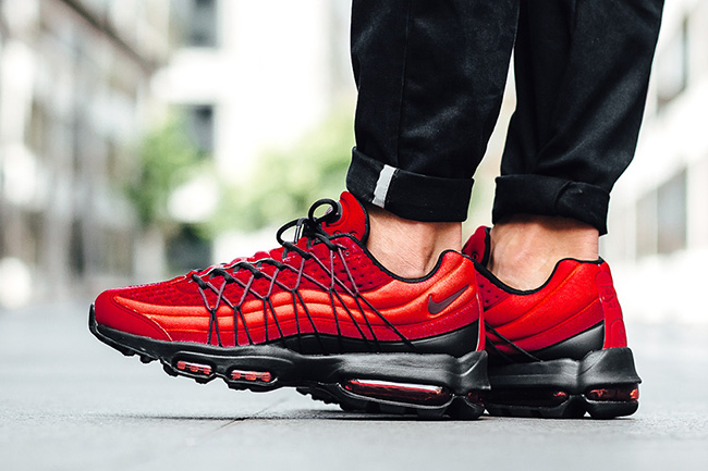 343dee7bd34351 Nike Air Max 95 Ultra SE Red On Feet