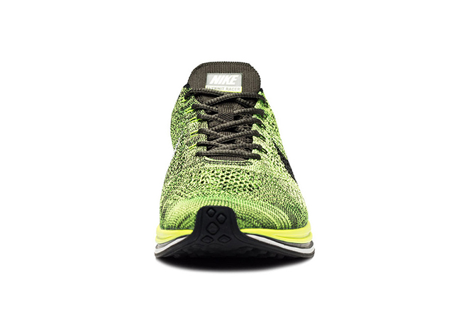 Nike Flyknit Racer Sequoia Volt