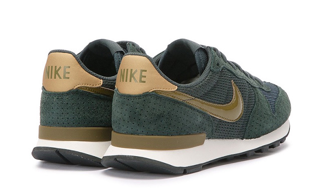 Nike Internationalist SE Seaweed