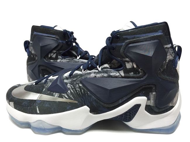 Nike LeBron 13 Akron Zips Away Home