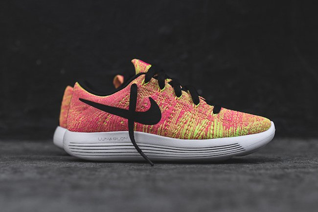 online retailer d7feb cfe26 Nike WMNS LunarEpic Low Flyknit Unlimited Multicolor ...
