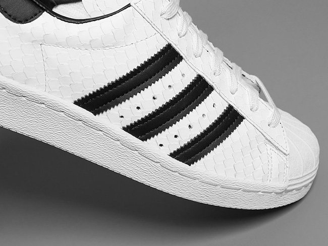 Cheap Adidas Superstar Iridescent Youth 4.5 Corso di Studio in Ingegneria
