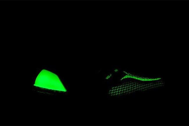 adidas Ultra Boost Glow Dark