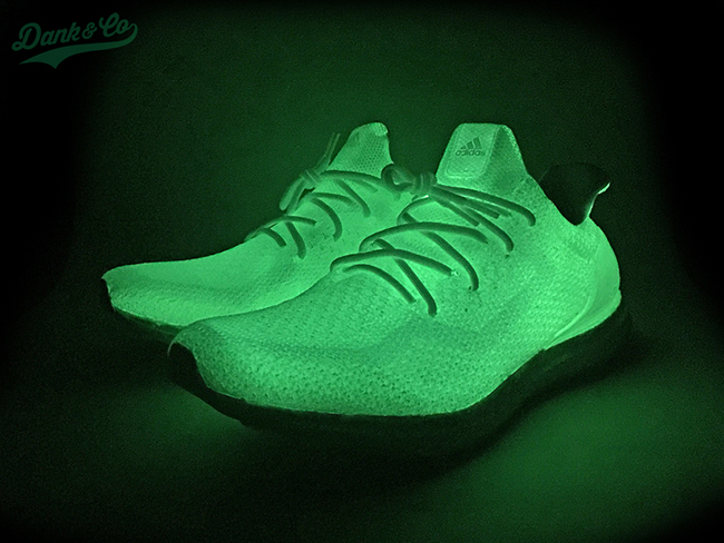 cheap for discount 274bf b4350 adidas Ultra Boost Uncaged Glow in the Dark Custom