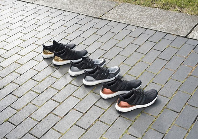 adidas Ultra Boost Metallic Pack