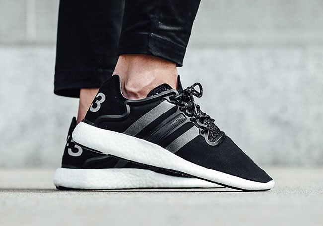 b943bdff878e5 adidas Y-3 Yohji Run Boost Black White