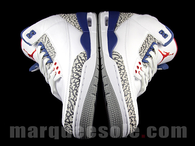 Air Jordan 3 OG True Blue Black Friday