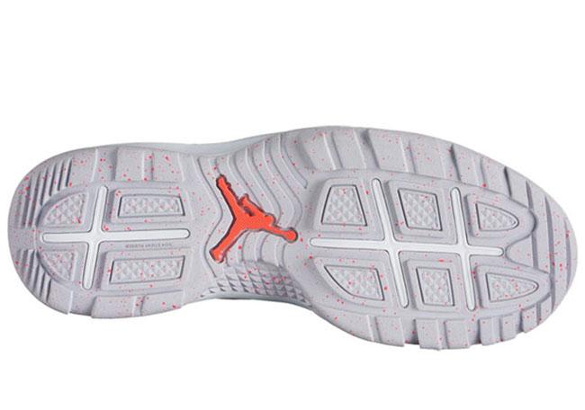 Jordan Future Boot White Infrared Pure Platinum